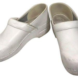 DANSKO CLASSIC CLOGS White-size US 10.5